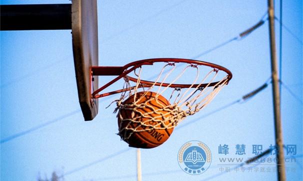 """浏阳市职业中专学校举行第八届""""青春杯""""篮球赛"""