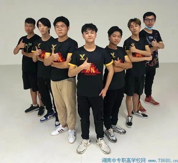 湖南中创智能科技技工学校两名学生入选TGA战队,代表湖南征战全国比赛