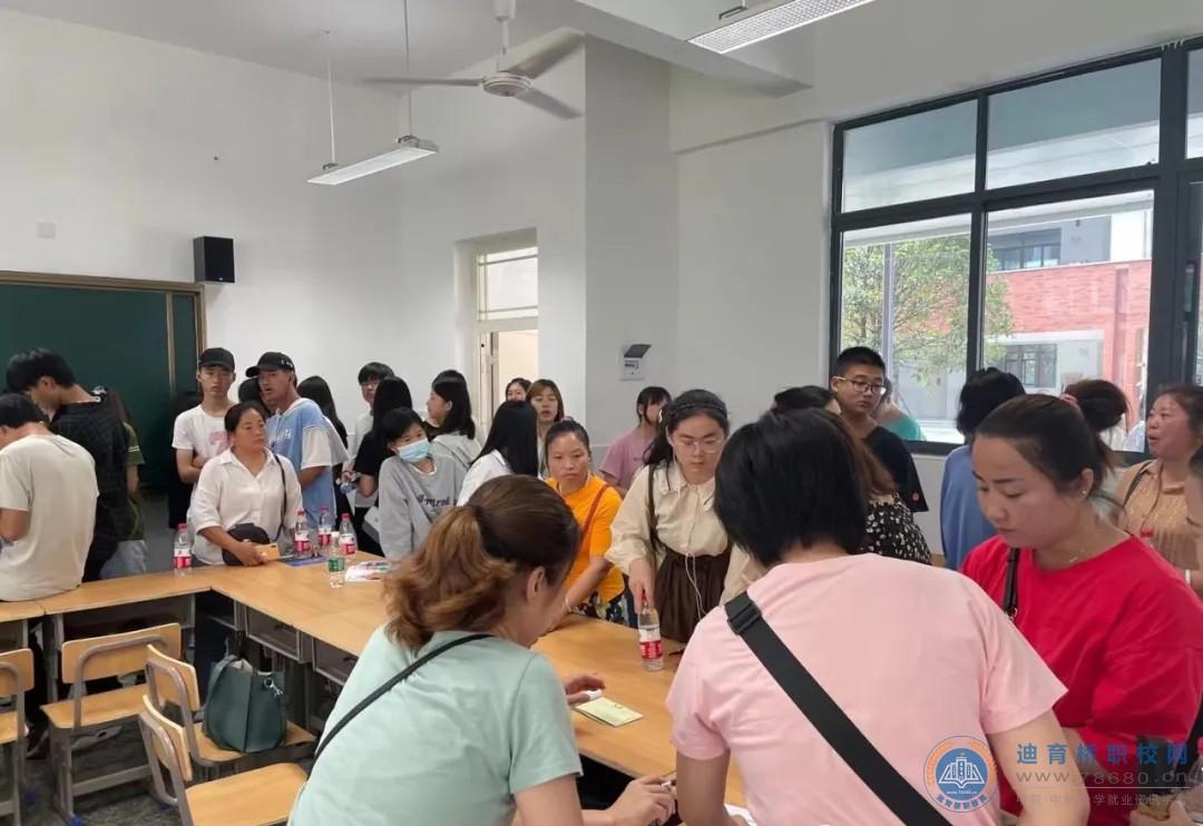 南县职业中等专业学校成市首批中高职衔接试点校