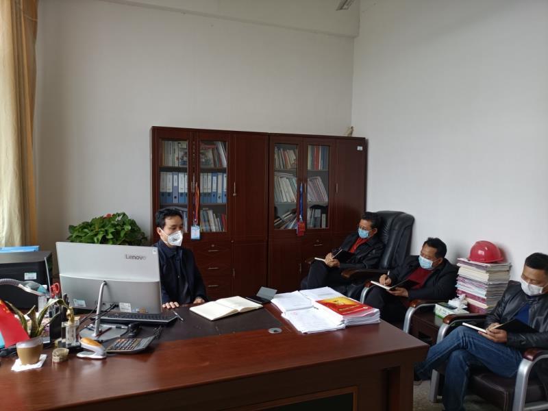 湖南省经济贸易高级技工学校疫情防控领导小组召开会议专题研究疫情防控和开学准备工作